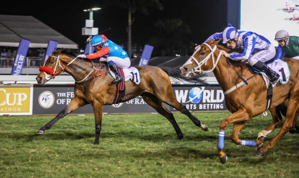 Running Brave wins the Gr2 Kuda Gold Bracelet. Image: Candiese Marnewick