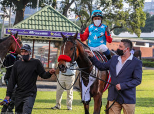 Running Brave Takes KZN Breeders Mile